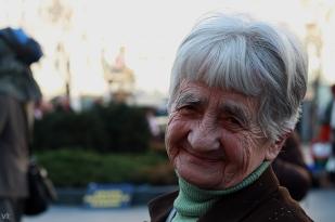Starenku obral podvodník o 3100 eur. Ilustračné foto.