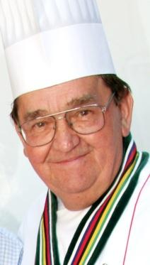 Majster kuchár a prezident Asociácie slovenských kuchárov a cukrárov František Janata.