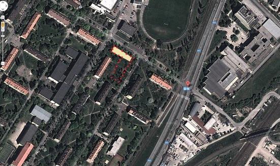 Letecký záber na predmetnú oblasť, ktorá ukazuáje navrhovanú výstavbu, schválenú výstavbu a celkový rytmus stavieb na Černockého ulici.