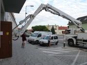 Mohutná pumpa na betón budila pozornosť okoloidúcich.