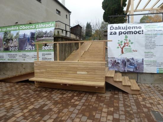 Nové schodisko realizovala spoločnosť Korektstav.