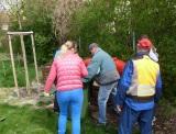 V Obecnej záhrade nám po okrášľovacej brigáde opäť pribudlo kadečonové