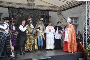 Krstenie frankovky novým panovníkom.